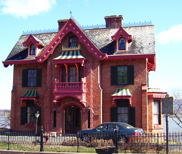 Warren House, Newburgh